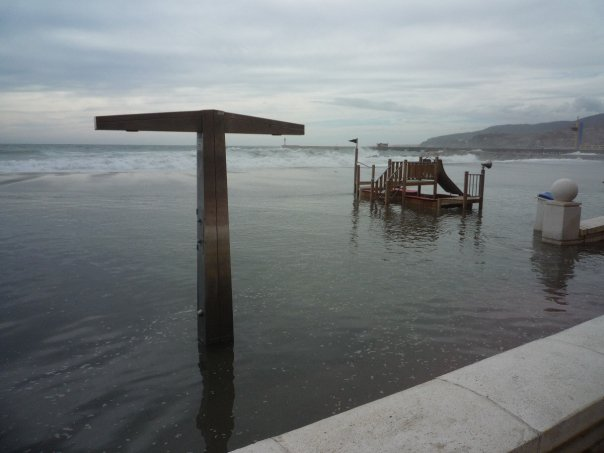 playa el zapillo El zapillo de Almería inundado.