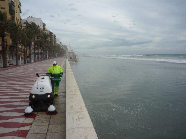 playa zapillo 4 El zapillo de Almería inundado.