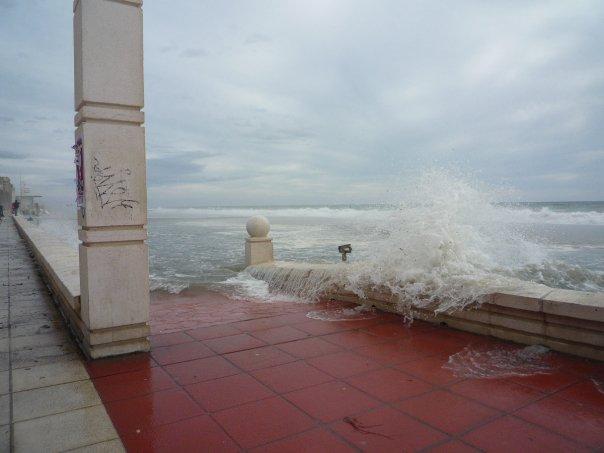 playa zapillo 51 El zapillo de Almería inundado.