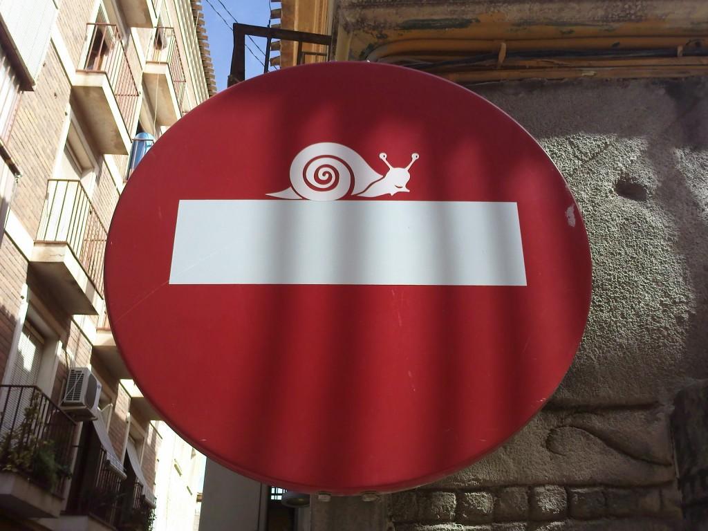 direccion prohibida caracoles 1024x768 Dirección prohibida para caracoles.
